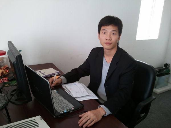 重庆神奇网游有限公司 郑经理