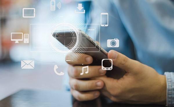 在线发短信平台如何为企业存留和开发客户?